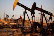 النفط ينتعش من أقل سعر في شهر بعد تلويح ترامب برسوم جمركية