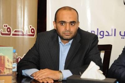 مدير مركز التحكيم اليمني الدولي للتحكيم والتوفيق التجاري في الغرفة التجارية في الأمانة: وجود استثمارات خالية من النزاعات يؤدي إلى الاستقرار وتعمل انتعاشا للوطن في جميع المجالات.